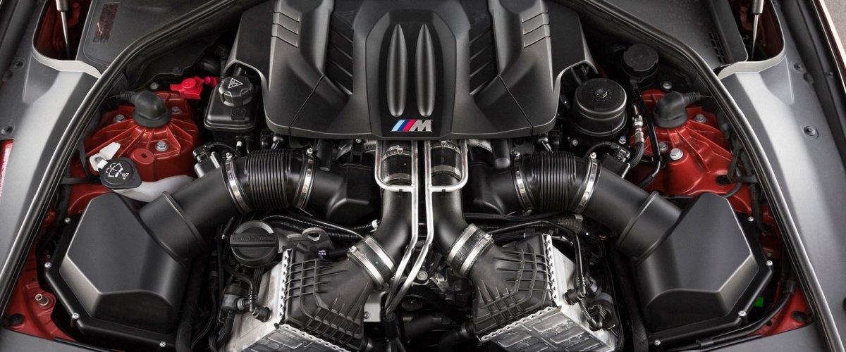 BMW M5 F10M motor